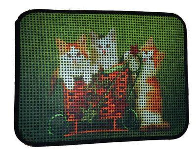 Miapet - Miapet Elekli Desenli Kedi Tuvalet Önü Paspası 60 x 45 cm Yavru Kediler